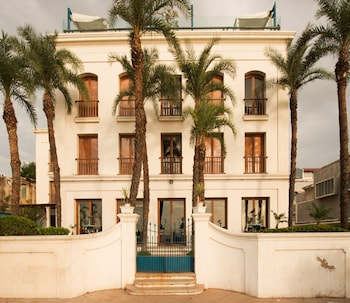 The Promenade - Hotel Front  - #0
