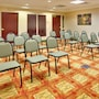Holiday Inn Express & Suites Bradley Airport photo 21/41