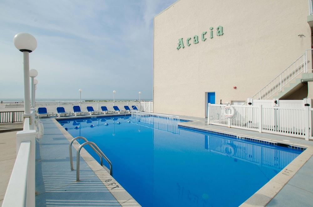 Acacia Beachfront Resort