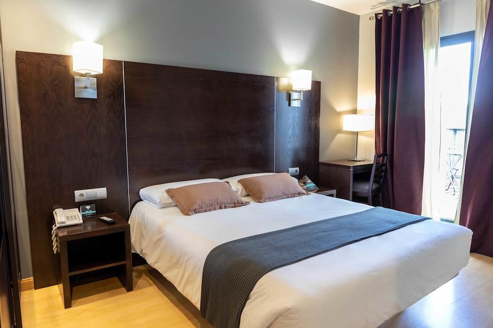 Hotel Cardeña