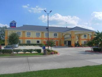 Americas Best Value Inn & Suites-Bush Int'l Airport in Humble, Texas