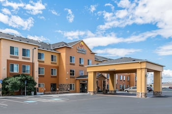 Comfort Inn & Suites in Hermiston, Oregon