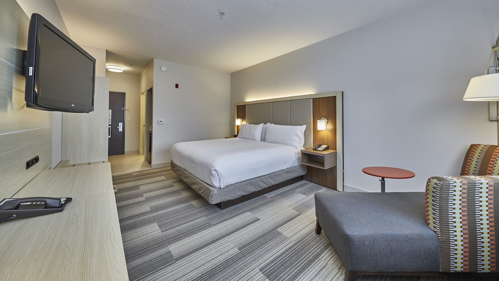 Holiday Inn Express Hotel & Suites Medford-Central Point