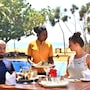 Hibiscus Beach Hotel And Villas photo 17/23