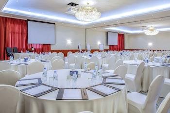 Fujairah Rotana Resort & Spa - Al Aqah Beach