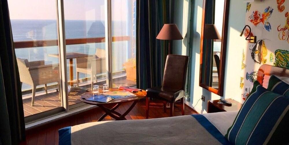 Hôtel Les Voiles sur le front de mer