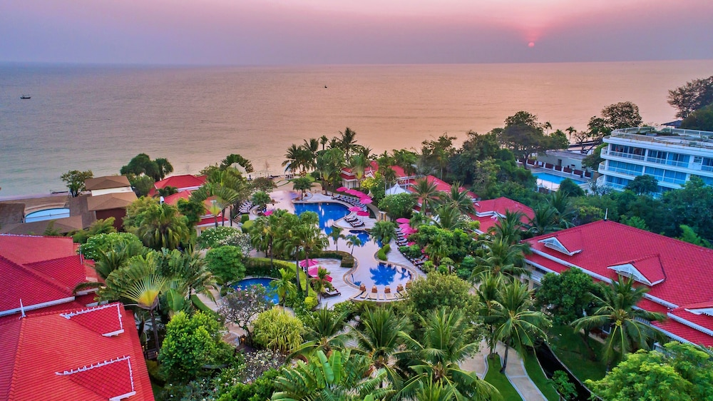 Wora Bura Hua Hin Resort and Spa