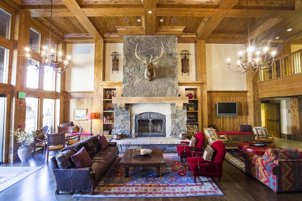 WestWall Lodge