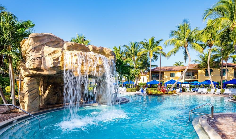 Naples Bay Resort & Marina