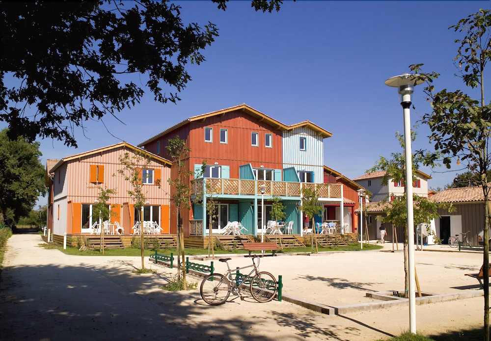 Madame Vacances Residence Les Rives Marines Gironde 1 8 7