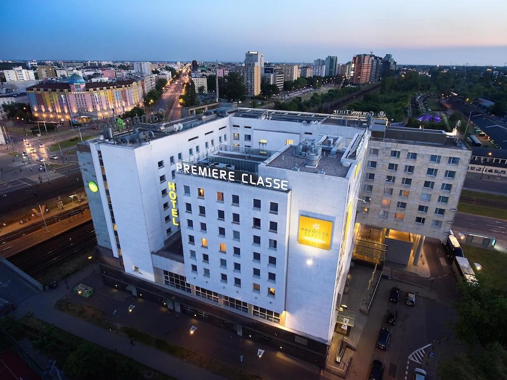 Première Classe Varsovie / Warszawa