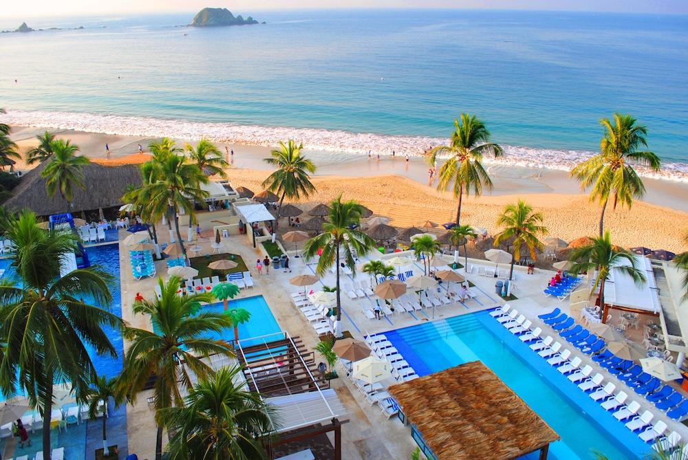 Fontan Ixtapa Beach Resort