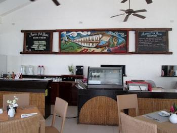 Microtel Inn & Suites by Wyndham Boracay - Restaurant  - #0