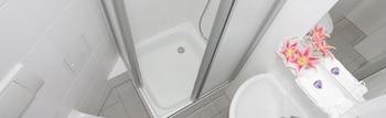 Hotel-Pension Cortina - Bathroom  - #0