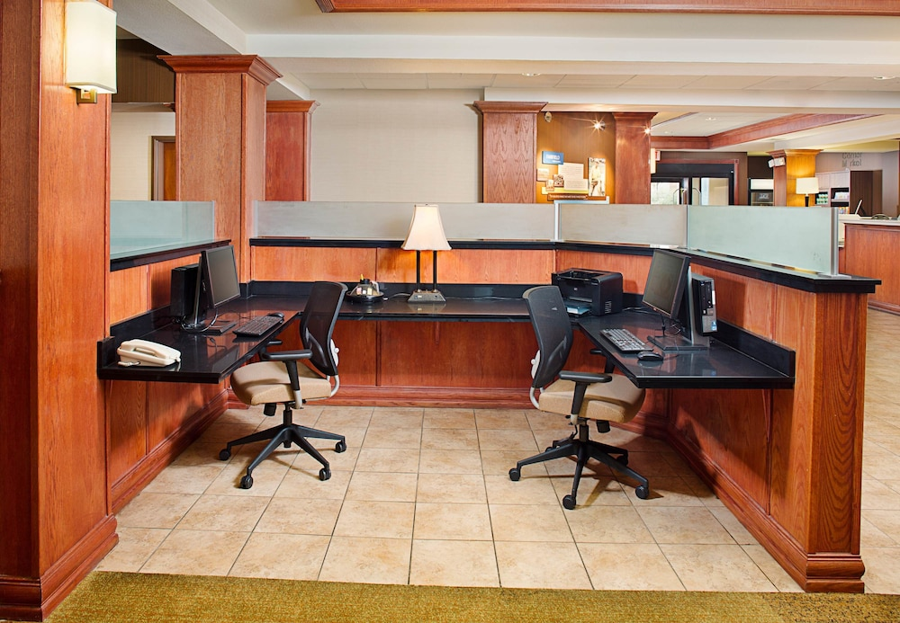 Hotels With Conference Rooms In Lafayette La