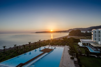 SENTIDO Ixian Grand - Adults Only