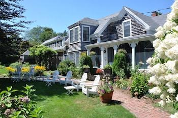 Photo for Honeysuckle Hill Inn in West Barnstable, Massachusetts