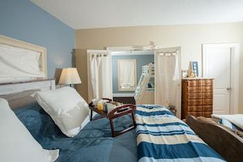 Naomi's Inn Bed & Breakfast