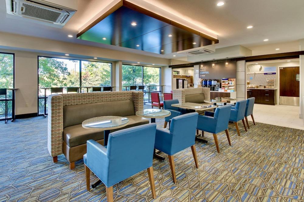 Holiday Inn Express Fishkill-Mid Hudson Valley