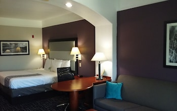 La Quinta Inn & Suites Houston - Rosenberg, TX - Guestroom  - #0