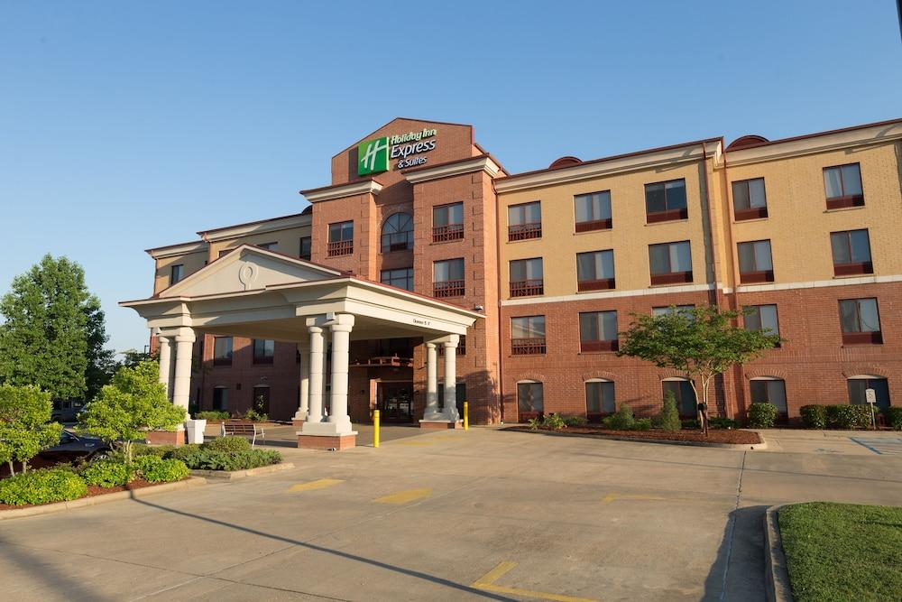 Holiday Inn Express Clinton