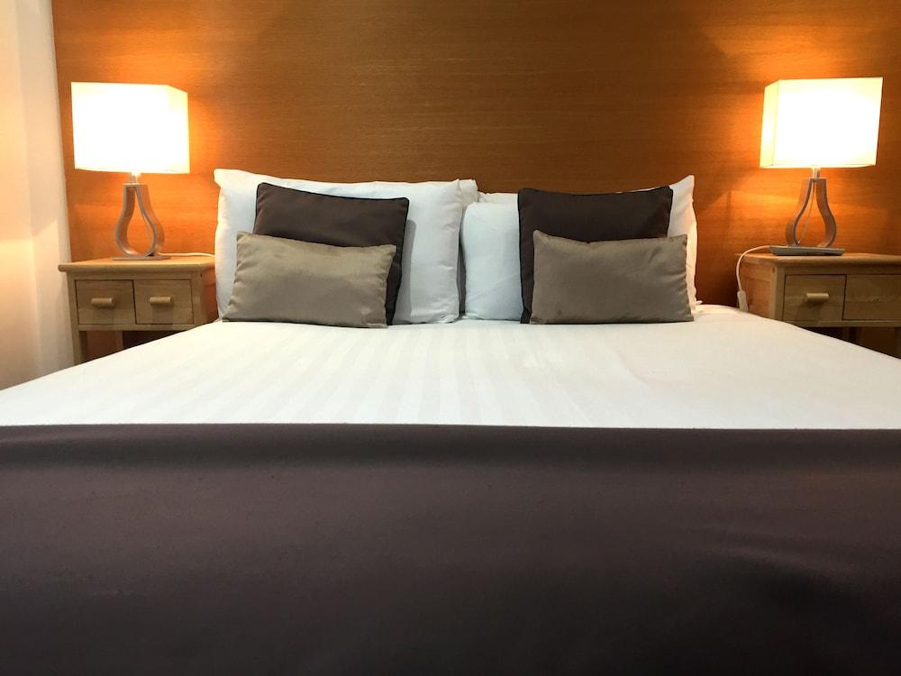 Fountain Court Apartments Harris Edinburgh Price Address