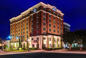 Hotels near Columbia Metropolitan Convention Center in Columbia