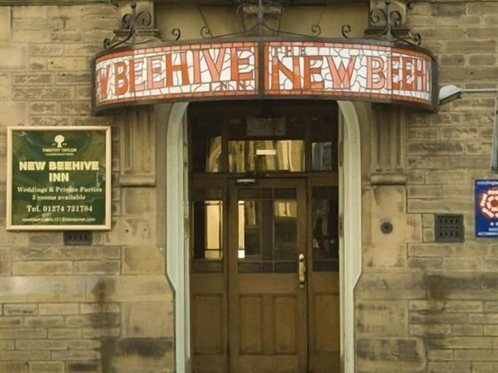New Beehive Inn - Guest House