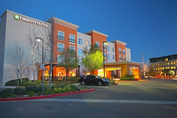 Embassy Suites by Hilton Valencia - Downtown in Valencia, California