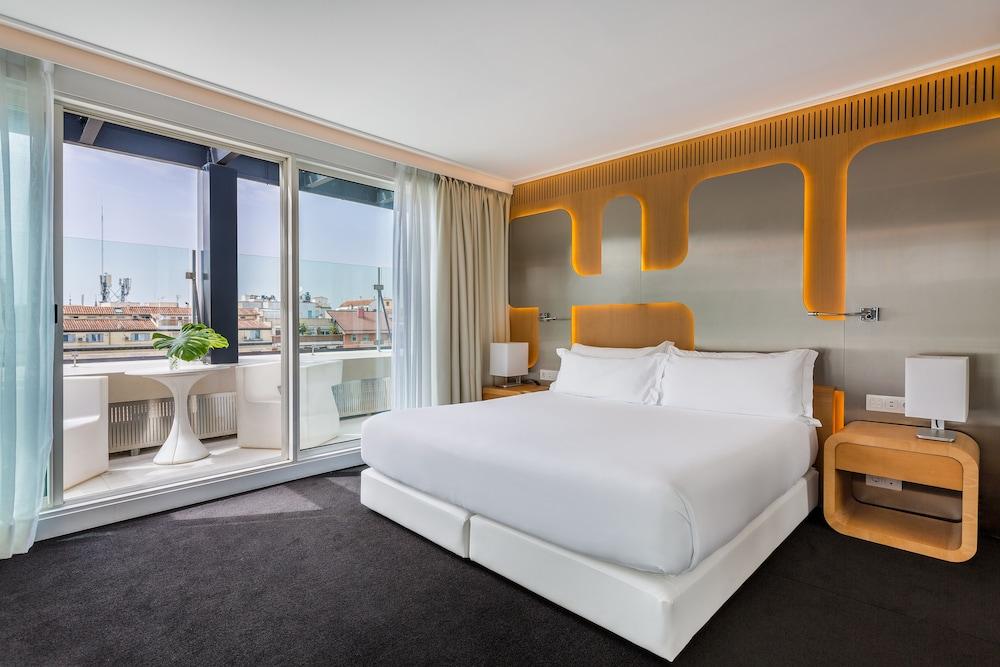 Room Mate Óscar