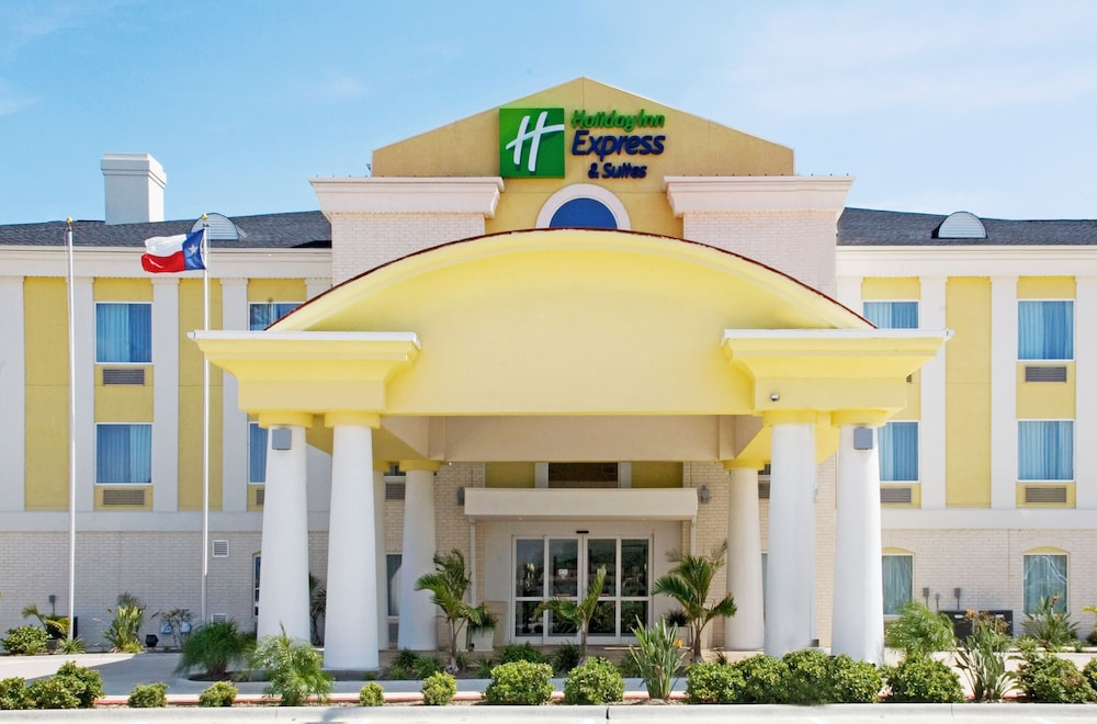 Holiday Inn Express Hotel and Suites of Falfurrias