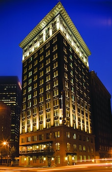 The Ellis Hotel on Peachtree