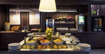 Ténéo Apparthotel Bordeaux-Bègles - Buffet  - #0