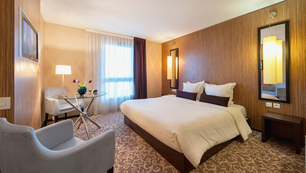 Ténéo Apparthotel Bordeaux-Bègles