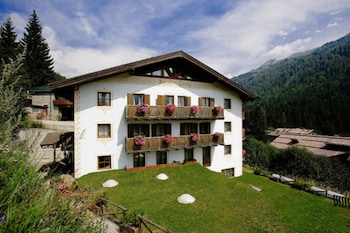 Photo for Hotel Perla in Madonna di Campiglio