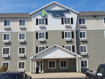 WoodSpring Suites Lakeland in Lakeland, Florida