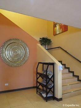 Microtel Inn by Wyndham Davao Hotel Interior