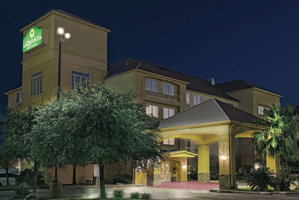 La Quinta Inn & Suites by Wyndham San Antonio N Stone Oak