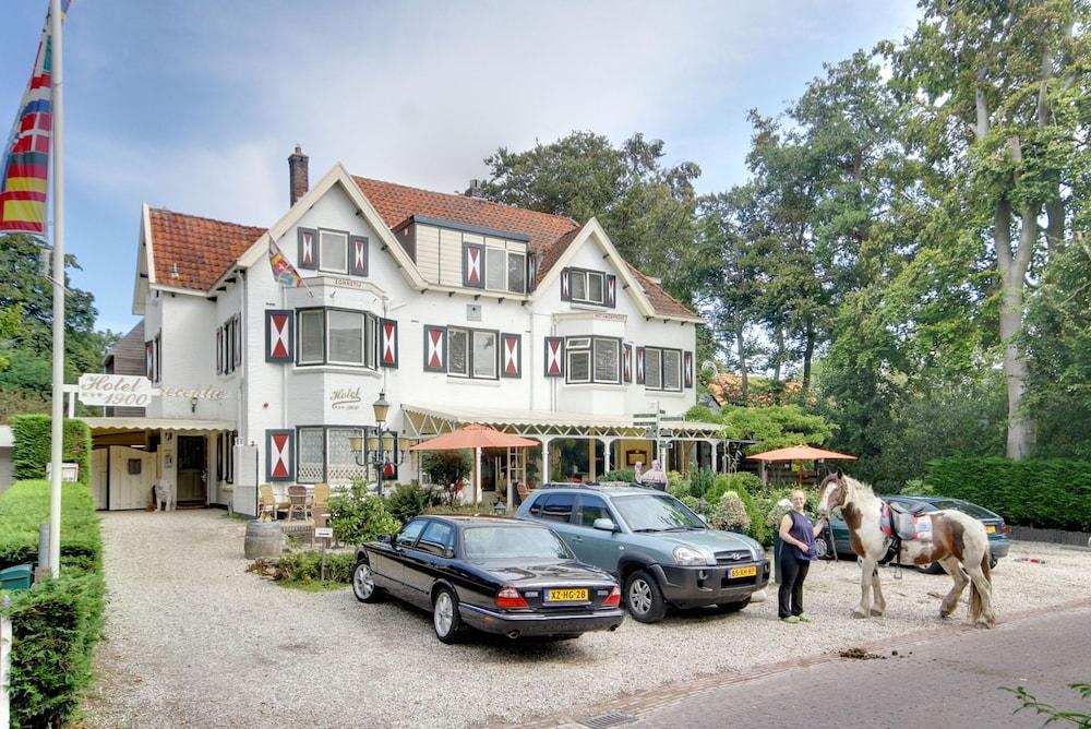 Hotel 1900