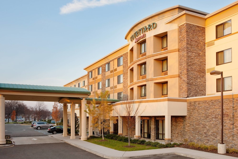 Courtyard by Marriott Paramus
