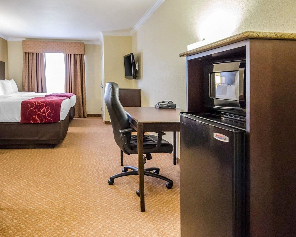 Photos Of - Comfort Suites