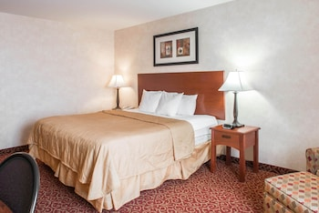 Sleep Inn & Suites in Washington, Illinois