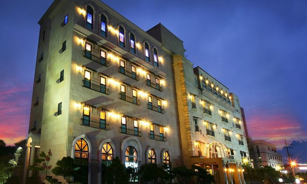 Incheon Airport Hotel Oceanside