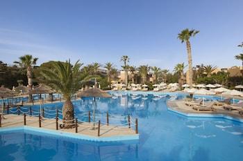 拉奎拉里斯馬海灘酒店