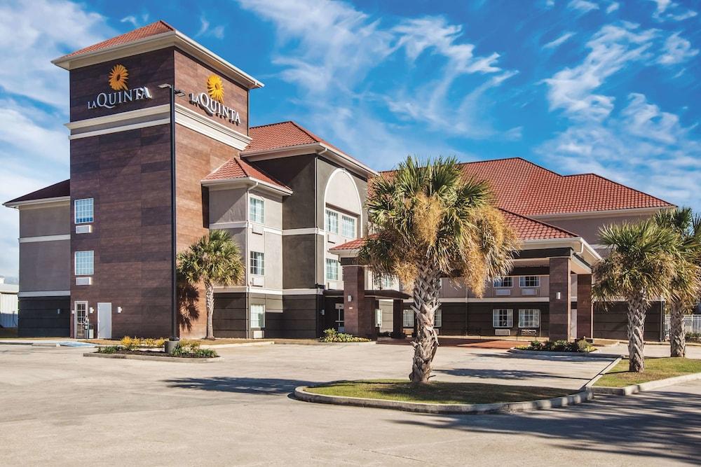 La Quinta Inn & Suites by Wyndham Walker - Denham Springs