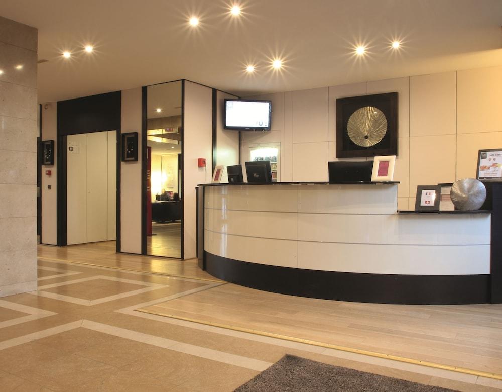 Appart'City Confort Genève Aéroport – Ferney Voltaire