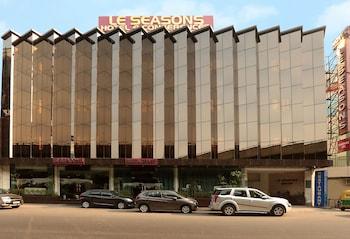 Photo for Hotel Le Seasons in New Delhi