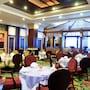 Grand Pacific Sovereign Resort & Spa photo 37/41