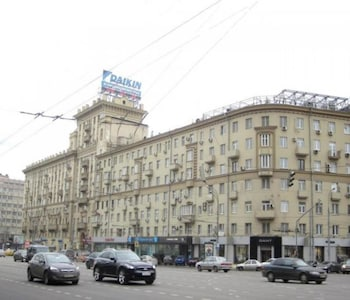 LikeHome Apartments Arbat