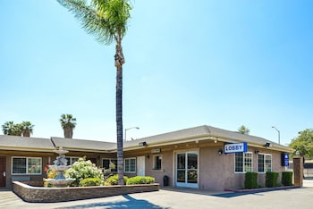 Americas Best Value Inn & Suites San Bernardino in San Bernardino, California